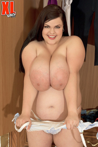Jelena Jasper – Tits In Tight Tops And Bras BBW – XLgirls FullHD 1080p