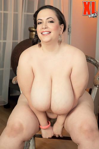 Mia Sweetheart – Sweet Talkin' Huge Boobs Woman  FullHD 1080p