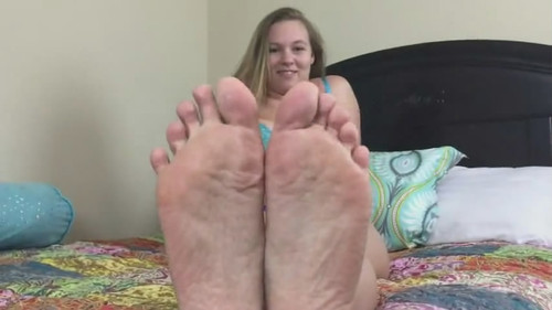 Tiffany gets off by Foot worship HIDEF