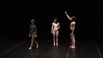 Celebrity Content - Naked On Stage - Page 4 Bbxkdulooz7l