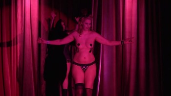 Naked  Performance Art - Full Original Collections - Page 6 Tk9q00casdq3