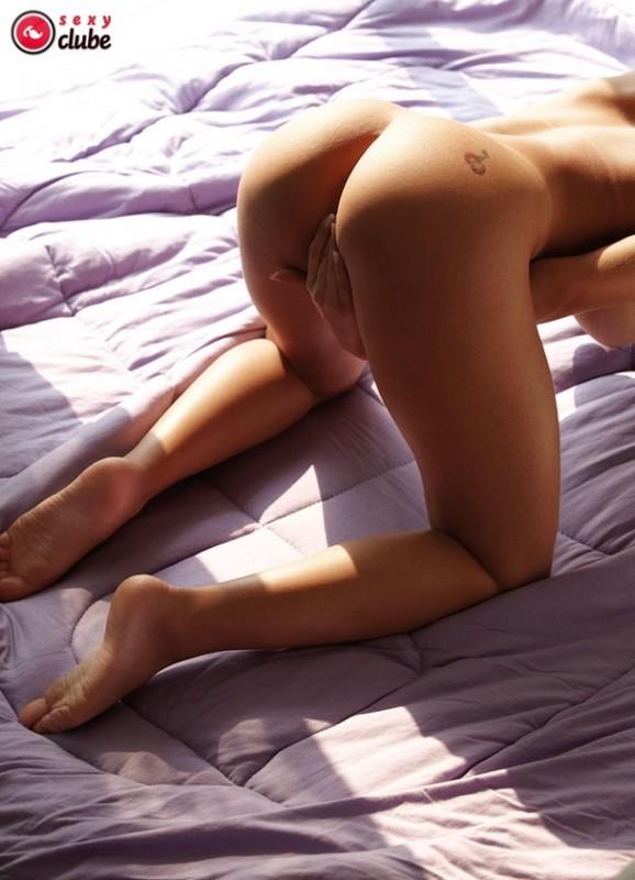 baixar Victória Villarim ex namorada do Eduardo Costa caiu na net pelada em fotos íntimas download