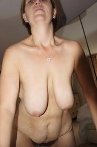 http://img114.imagetwist.com/th/22569/44ip7eb7cwo5.jpg