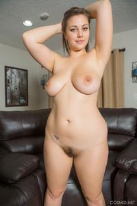 Lilas white nude pics