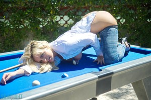 Danielle Sellers - Danielle S Snooker  j5q0dikxa5.jpg