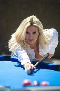 Danielle Sellers - Danielle S Snooker  z5q0d09ywb.jpg