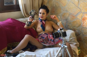 Bonnie-Bellotti-Retro-Porn-Star--x6rri535im.jpg