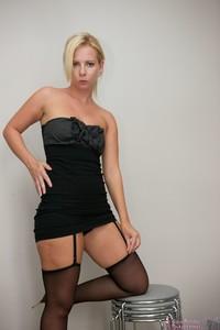 Kate-Dressing-up--i6rrsh86er.jpg