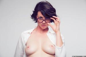 Terry-Haynes-Sassy-Glasses--f6rsdn1l0i.jpg