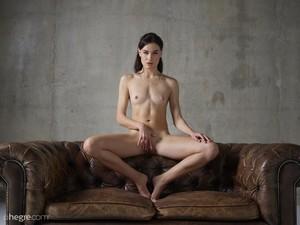 Grace - Erotic Exploration  n6rsphm5jt.jpg