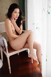 Amelie-Melani--y6rntkf3xu.jpg
