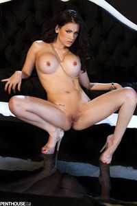Vanessa-Veracruz-Scena-E-Fuori-Scena--76rnrmkdp6.jpg