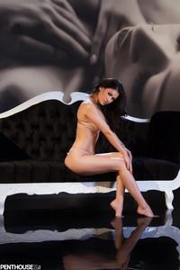 Vanessa Veracruz - Scena E Fuori Scena  d6rnrl4hto.jpg