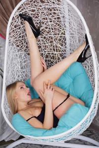 Lucy-Heart-Fun-Lounge--26ubdbcs4e.jpg