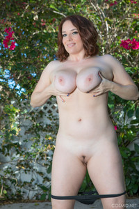 Maggie-Green-Maggies-Yoga-Pants--f6sf8igur6.jpg