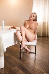 Sarika-A-Sweet-Feet-1-r6s9pmtqv0.jpg