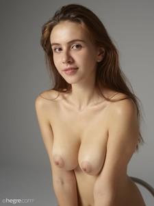 Alisa-Beauty-Nudes--m6skajdchr.jpg