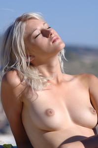 Mila-Angel-2--36wcaehsbx.jpg
