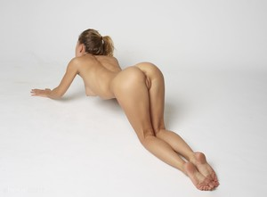 Darina-L-Body-Shape--a6snms40ev.jpg