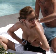 Melissa Theuriau caught topless @ the pool