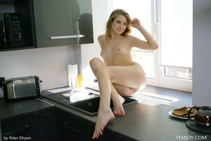 Lola-Krit-Cook-With-Me--z6tchn1wvj.jpg