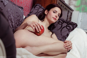 Wladlena-Paradise-Apple--06xtoll7uu.jpg
