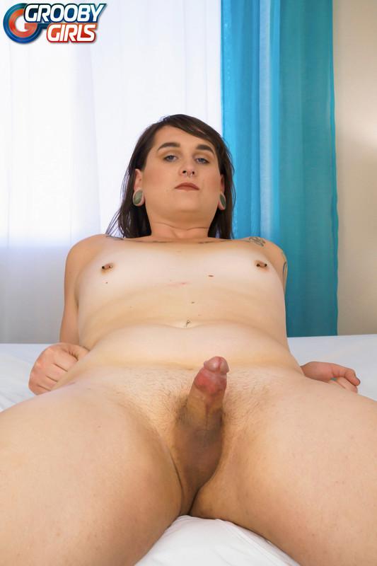 Sexy Ryhan Rose Cums! (13 April 2018)